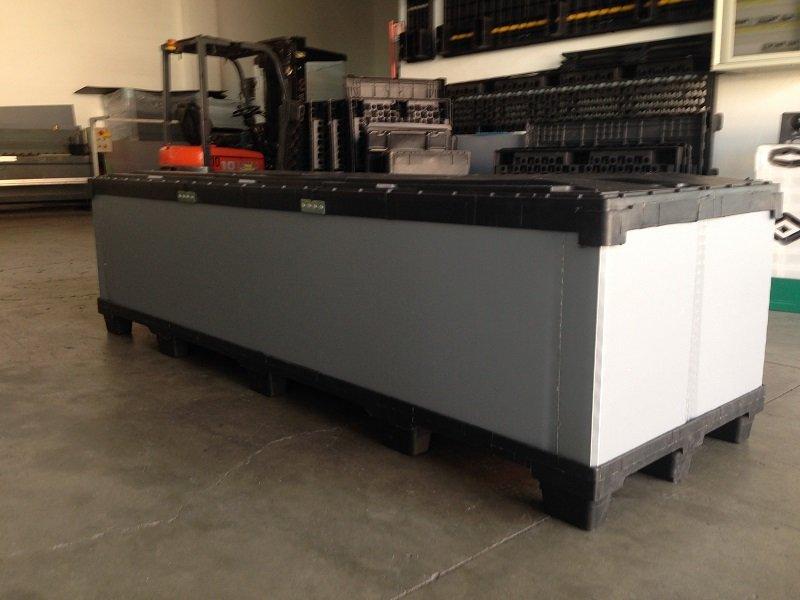 Maxi box dimensioni 2500×800 mm ideale per automotive.